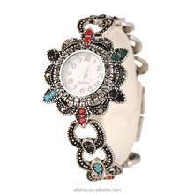 diamond Latest Design Set Stone Fancy Brand Name Woman Bracelet Lady Retro Wrist Watch