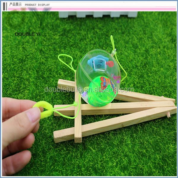 customized/wholesale transparent flash crystal bouncing ball