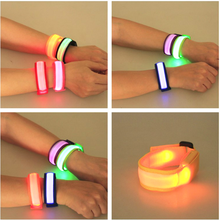 Hot Selling Uv Sensitive Reflective LED Silicone Bracelet