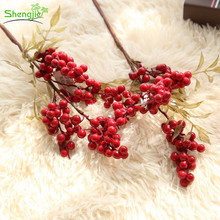 Factory direct craft artificial foam christmas decorative berry fruit picks