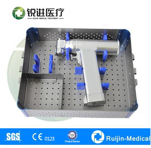 medical instrument for knee and ankle orthopaedics oscillating saw