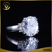 Women Bridal Wedding Engagement Female Models Silver Ring With Crystal