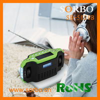 Solar Powered Lights Wind Up Flashlight Hand Crank Radio With Cellphone Charger