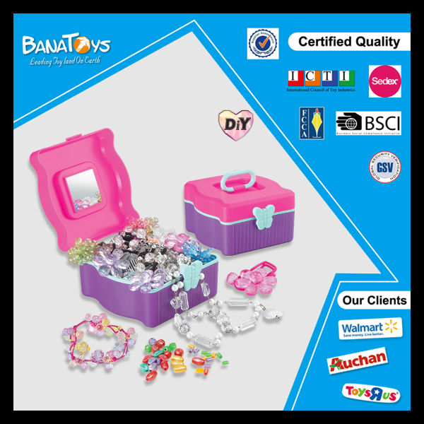 Hot selling diy beads set with pdq display box plastic beads toy