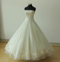 Wholesale White beauitiful strapless women princess bridal gowns wedding dresses in Guangzhou