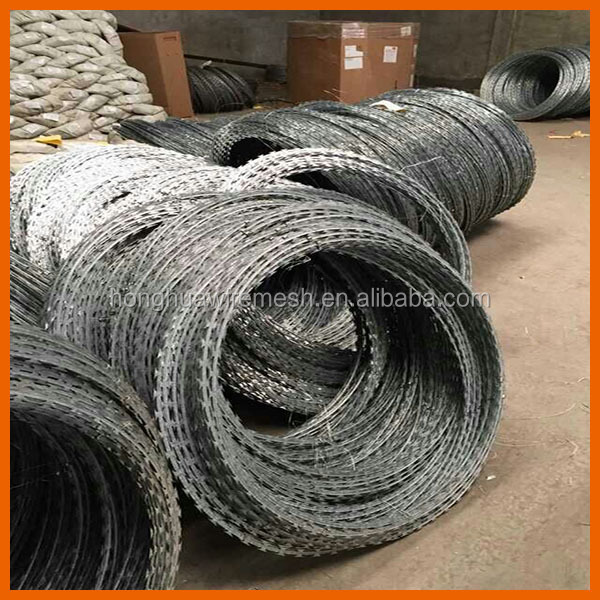 Hot dipped galvanized razor wire /pvc coated razor barbed wire