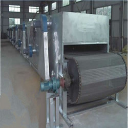 Preserved fruits tunnel dehydrator / Efficient fruits net belt drying machine / Foods tunnel dehydrator