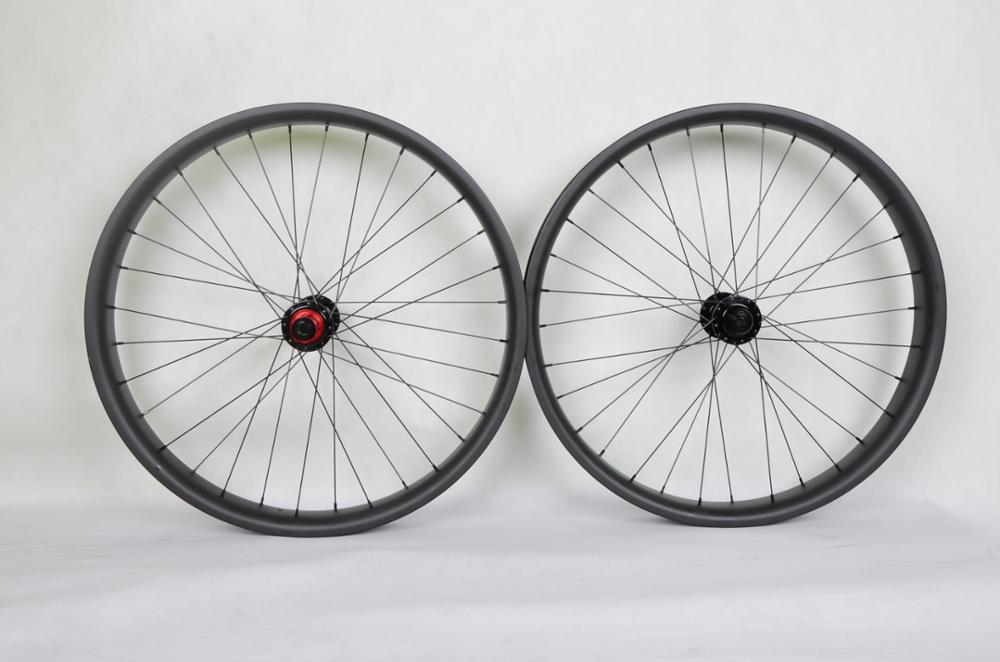 Baolijia 2017 Hight Quality bicycle wheel carbon 65mm Clincher or Tubular fat bike wheelset