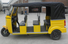 bajaj three wheeled car
