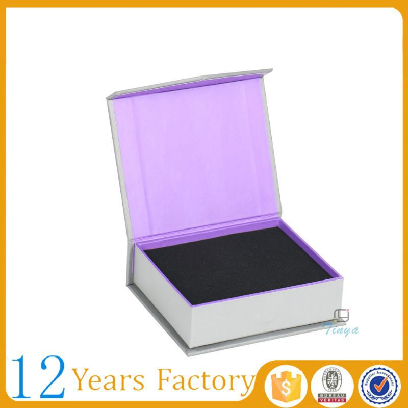 magnetic cardboard wholesale jewelry packaging