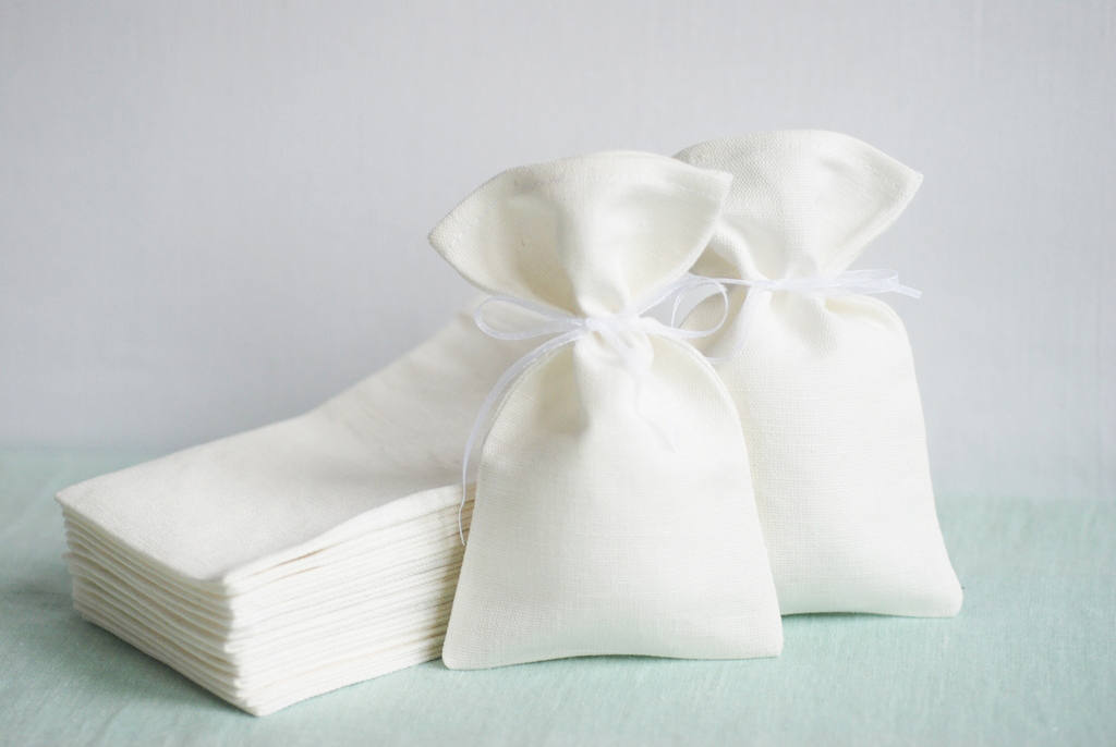 High quality Ivory linen fabric candy gift bags