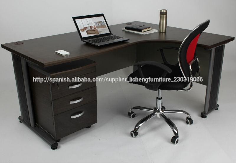 Escritorio de oficina en forma de l con pedestal mesas de for Oficina western union sevilla