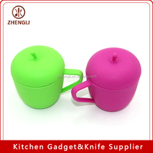 MG-302 Apple Shape Silicone Cup with Cover