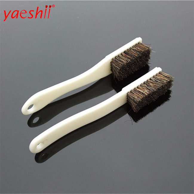 yaeshii factory custom durable climbing cleaning pig bristle walnut <strong>brush</strong> with long handle
