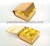 Chine Customized Gold Present Wine Gift Cardboard Boxes with Lids for Wedding fournisseurs
