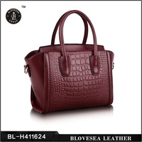 Hot Sale Latest Design Beautiful Young Girls Leather Handbags