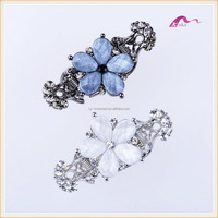 Beautiful Decorative Ponytail Holder Crystal Flower Hair Claw Clip