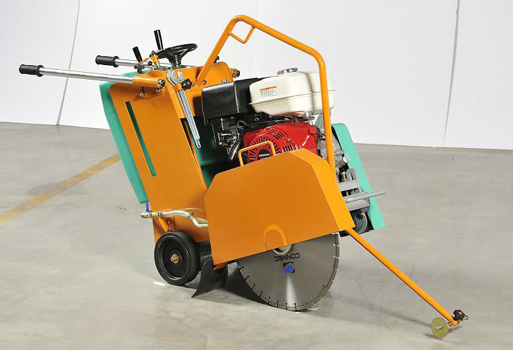 Conmec 500mm Blade Concrete/Road/Asphalt/Floor Saw After Services Supported