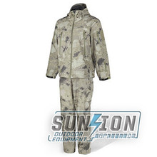 Hot-selling in US&EU Camouflage Breathable Waterproof Clothing with good waterproofness