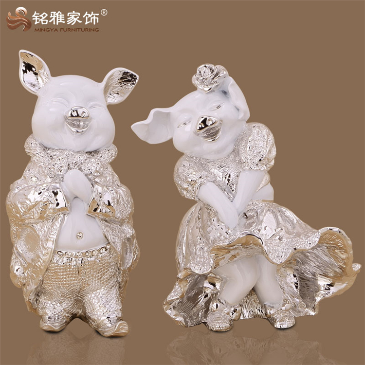 Wedding souvenir gift items for customers cute animal lovers resin couples
