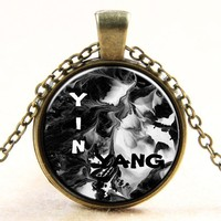 Splash-ink Painting Picture Pendant Necklace White And Black Cool Necklace