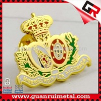 Nice Looking hot selling crown lapel pins
