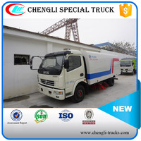 DONGFENG 100hp 4*2 Highway Sweepers Vacuum Cleaner Truck