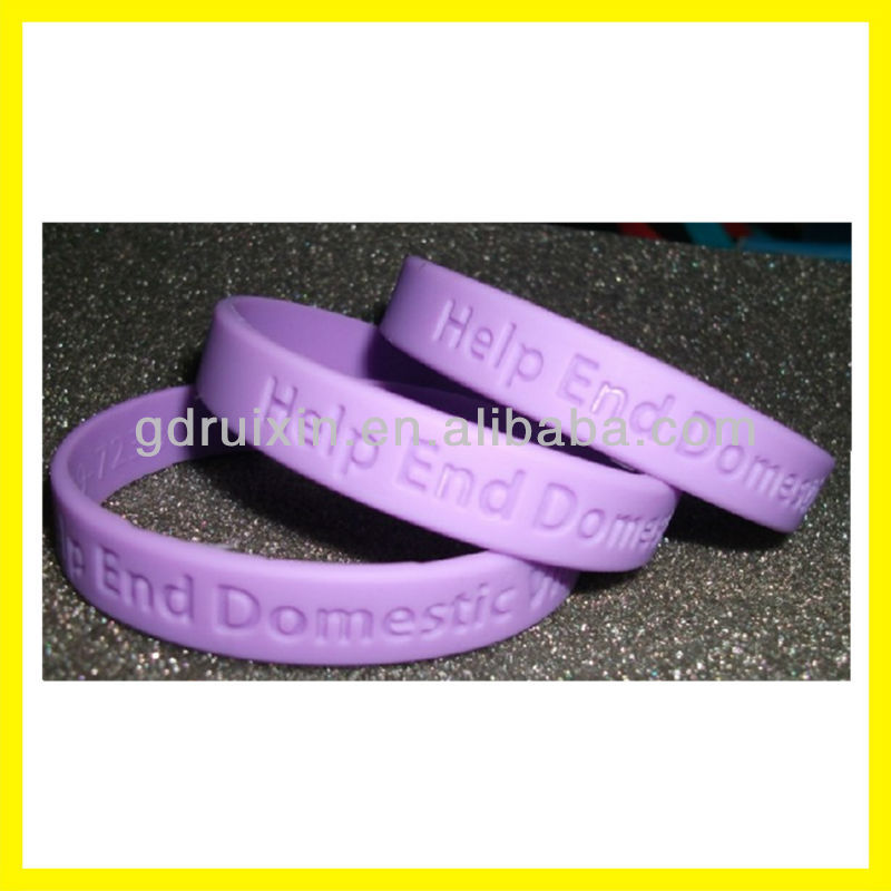 China OEM debossed silicone rubber bands with custome logo
