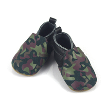 Casual genuine leather baby shoes moccasins with leopard pattern