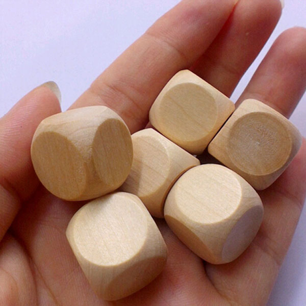 Smoothy Round Corner Wooden Cubes Custom 16mm Blank Wooden Dice