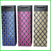 Yiwu Yilong Elegant Wholesale Gold Stamping Bottle Carrier Wine Paper Bag