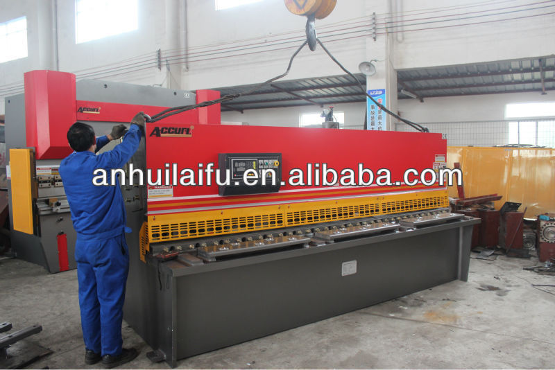 Steel Plate Cutting Machine with pneumatic sheet support