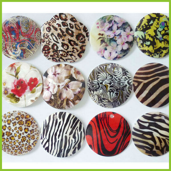 Alibaba express fashion accessory wholesale flat round hard coconut sea shell