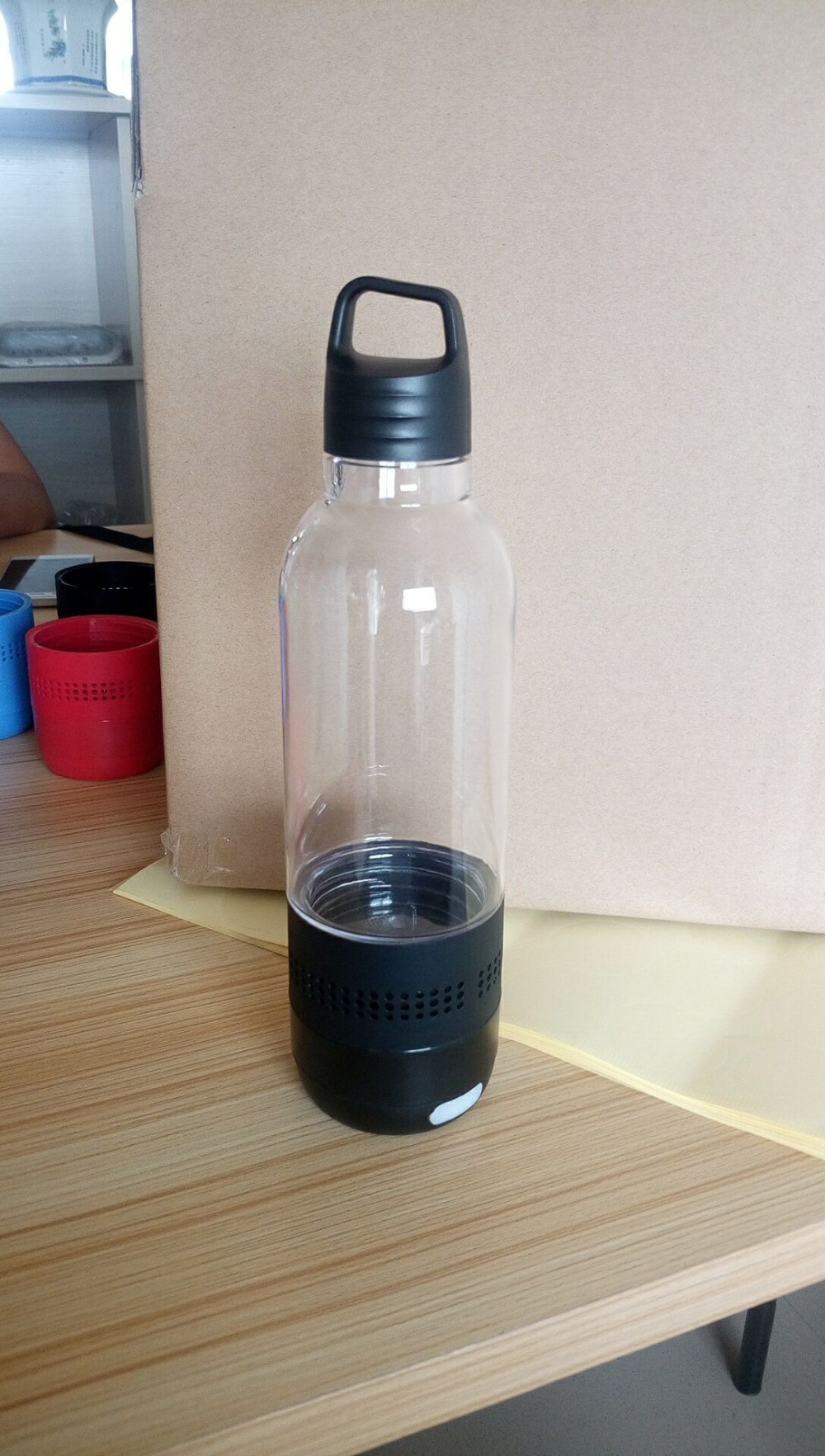 outdoor sport bluetooth water bottle speaker
