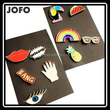 2017 New Latest Design Small Carton Lip Rainbow Hand Eye Brooch Sets Children's Clothing Lapel Pin