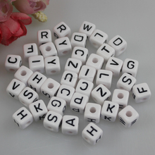 Cheap 10mm White Cute Alphabet Handmade Crafting Acrylic Letter Beads with 4mm Hole