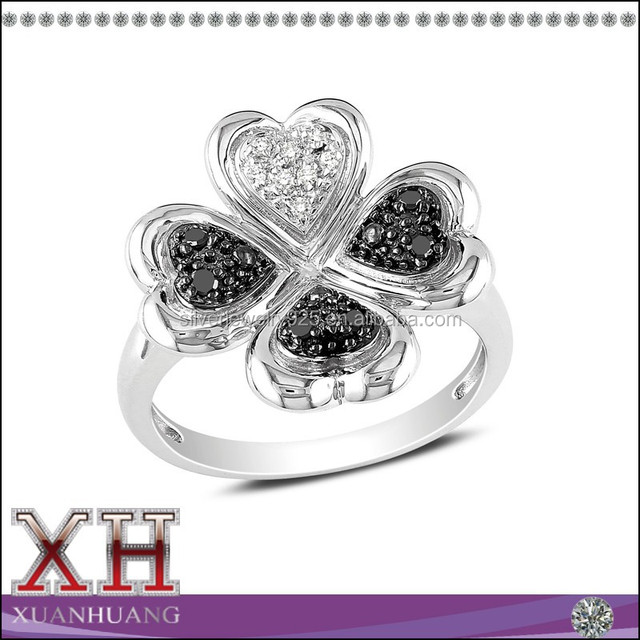 10carat Black and White Diamond Sterling Silver Four Leaf Clover Ring