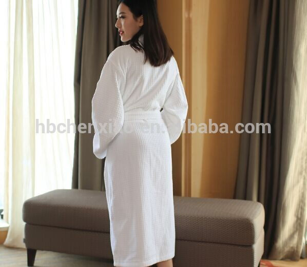 100% cotton high quality terry towel bathrobe white color