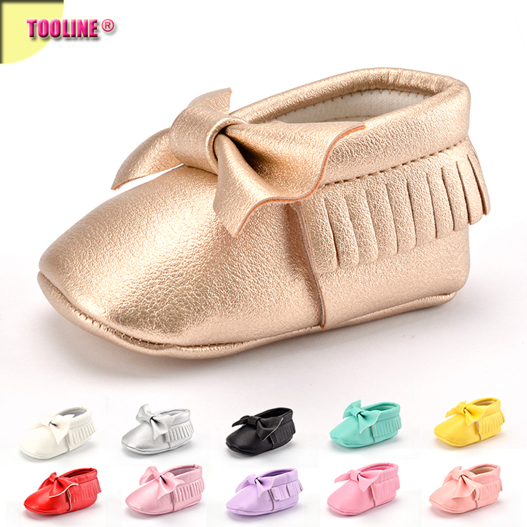2017 custom/wholesale tassels leather baby girl shoes moccasin kid shoes