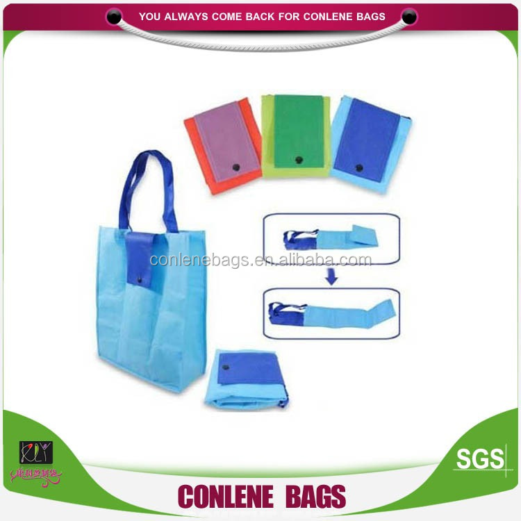 Hot Polyester Shopping Bag With Wooden Handles