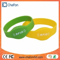 use for school/fairground/bus/access control support custom 125khz rfid silicone wristband tags printing optional color