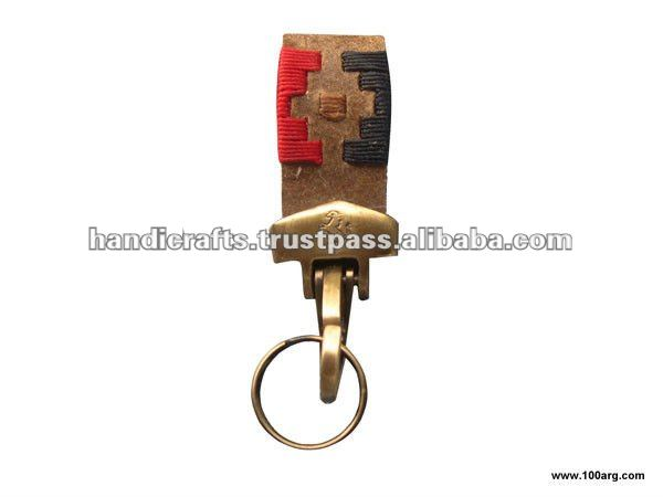 KEY HOLDER MOSQUETON IN BRAIDED CRUDE LEATHER