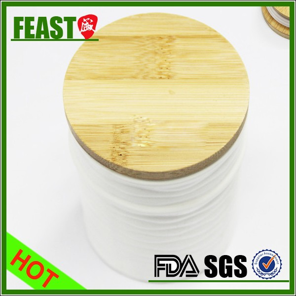 Hot selling top grade bamboo tea canister ceramic airtight bamboo lid tea canister food safe bamboo tea canister
