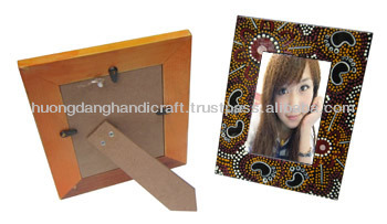 Natural picture collection on hand lacquer photo frame