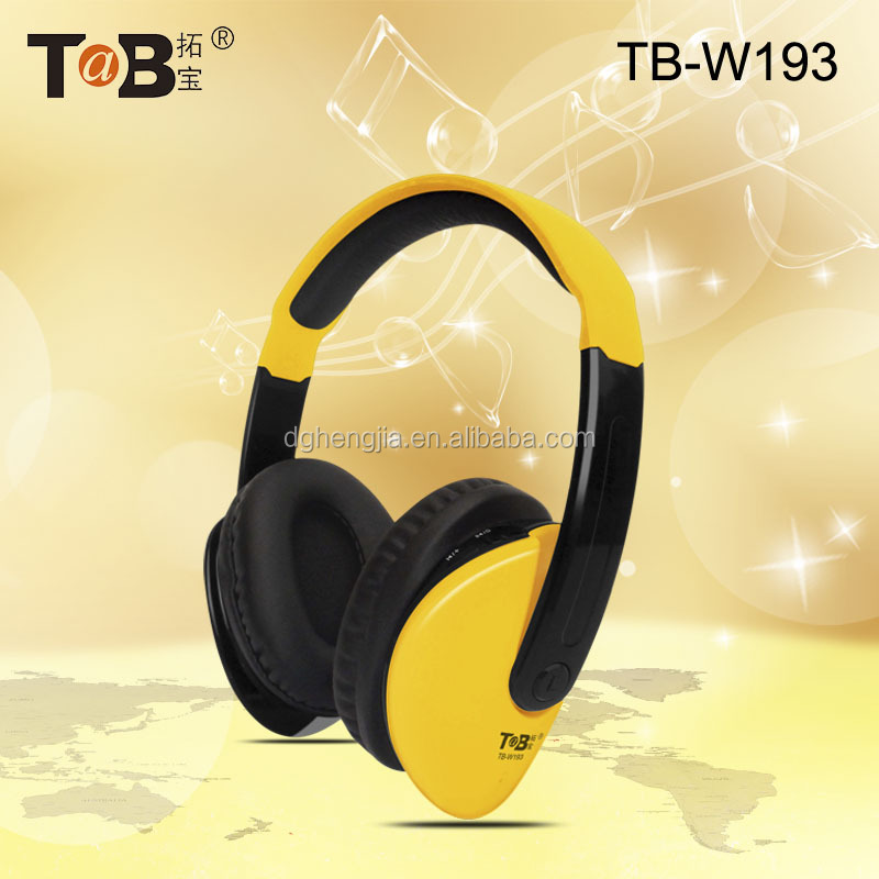 Top Selling Headphones in Alibaba Factory Bulk Production Headphone/Earphone Cheap Items to Sell