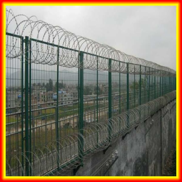 Promotion !!! 450mm hot dipped galvanized BTO 22 blade military spiral concertina razor barbed wire