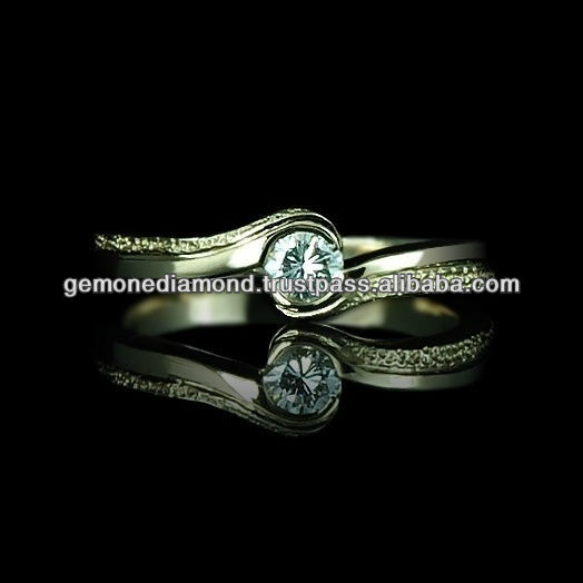 SUPER DESIGNER SOLITIRE DIAMONDS EXCELLENT WEDDING GOLD RING