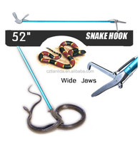 how to catch a poisonous snake