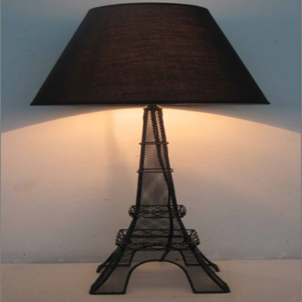 Wire netting metal table lamp ,net table lamp with tower shape base and wire netting base