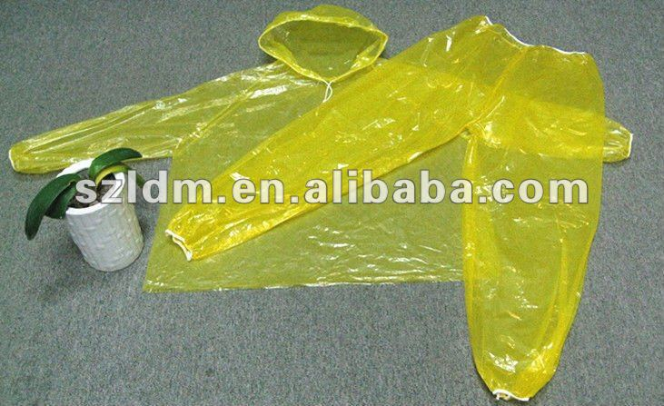 diaposable plastic rain suit---plastic ponchos for surfing